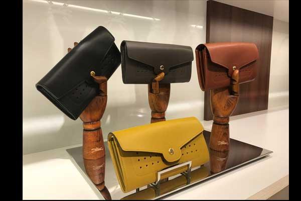 """بالصور: حقائب """"لونشان"""" الجديدة"""